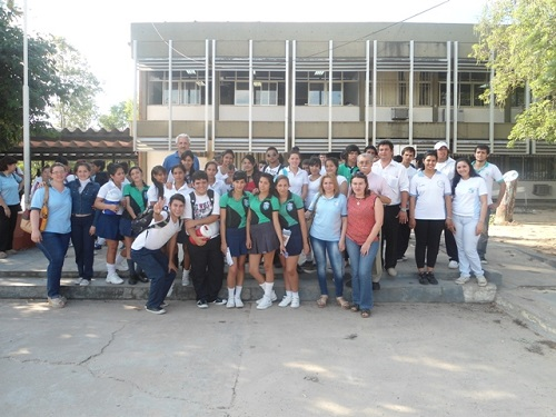 Alumnos del sexto año de la EPES N° 60 en la FRN