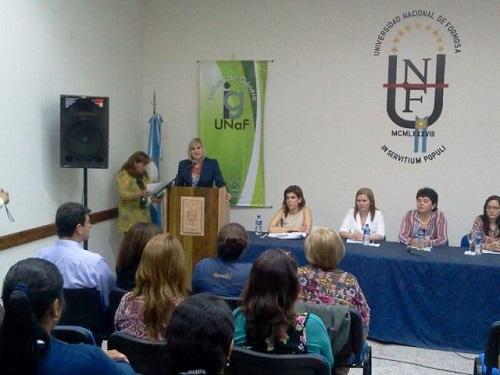 El Instituto de Género organizó conferencias sobre la mujer