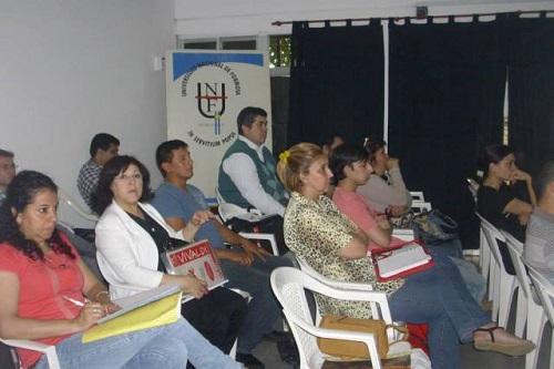 El curso en Ceremonial y Protocolo se dicta en la ECP