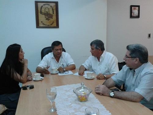 La licenciada Sosa, el rector Romano, el coordinador Sotelo y el decano Irala