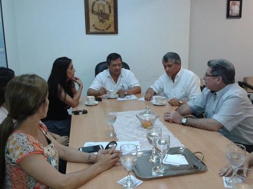 Reunión en el Rectorado para la firma del convenio