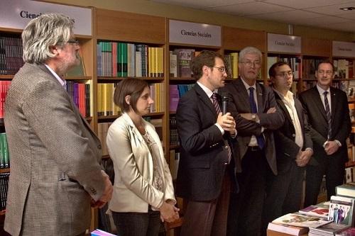 Se inaugur la librer a universitaria argentina for Libreria universitaria
